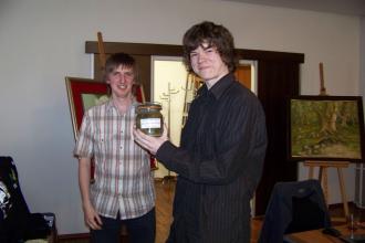 Szczęśliwy zwycięzca turnieju :-) (po prawej)